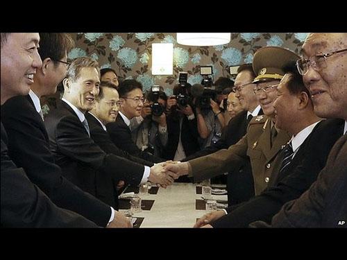 Hàn - Triều thống nhất nối lại các cuộc đàm phán cấp cao trước cuối năm nay Ảnh: AP