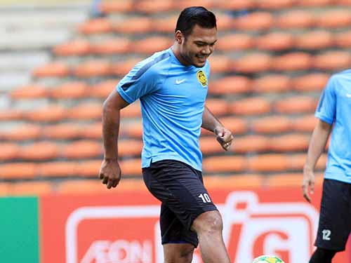 Hàng thủ Việt Nam phải để mắt đến Safee Ali, tiền đạo Malaysia từng ghi 2 bàn vào lưới Tấn Trường ở trận bán kết lượt đi 4 năm trướcẢnh: Hải Anh