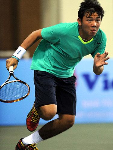 Hoàng Nam không phải qua đấu loại mà được xét thẳng vào vòng chính nội dung đơn nam trẻ Giải Quần vợt Úc mở rộng