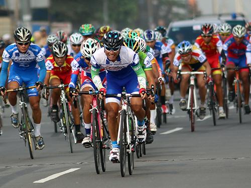 Quốc Việt dẫn đầu đoàn đua HTV 2014 - Number One