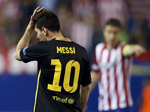Messi bế tắc trong 5 trận gặp Atletico mùa nàyẢnh: REUTERS