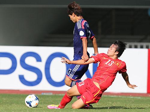 Minh Vương (13) nhiều khả năng giữ được suất đá chính khi U19 Việt Nam gặp U19 Trung Quốc chiều tối 13-10Ảnh: Đức Anh