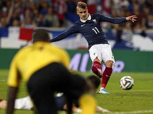Griezmann ghi 2 bàn trong trận Pháp thắng đậm Jamaica 8-0Ảnh: REUTERS