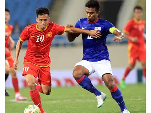 Văn Quyết (10) ghi 1 bàn trong trận giao hữu Việt Nam thắng Malaysia 3-1 cách đây 2 tuầnẢnh: Hải Anh