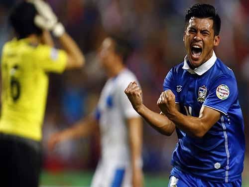 Kroekrit Thawikan, người hùng của Thái Lan ở trận bán kết lượt về thắng PhilippinesẢnh: REUTERS
