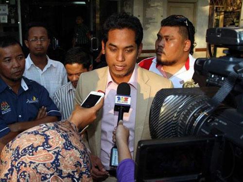 Bộ trưởng Thể thao và Thanh niên Malaysia, ông Khairy Jamaluddin, yêu cầu LĐBĐ nước này xử lý mạnh tiêu cực bóng đáẢnh: The Star