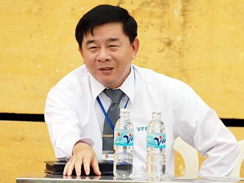 Ông Nguyễn Văn Mùi trong thời gian làm giám sát trọng tài mùa bóng V-League 2012Ảnh: Hải Anh