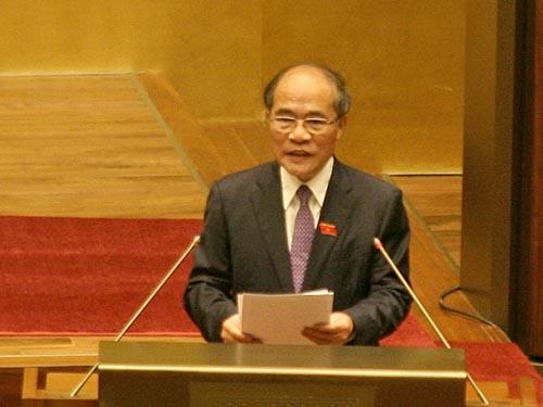 Chủ tịch Quốc hội Nguyễn Sinh Hùng nêu bật những vấn đề cử tri quan tâm  về chủ quyền biển đảoẢnh: Hoàng Ngọc