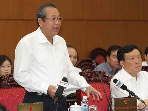 Chánh án TAND Tối cao Trương Hòa Bình phát biểu tại phiên họp Ảnh: TTXVN