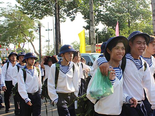 Thanh niên TP HCM lên đường nhập ngũẢnh: PHAN ANH
