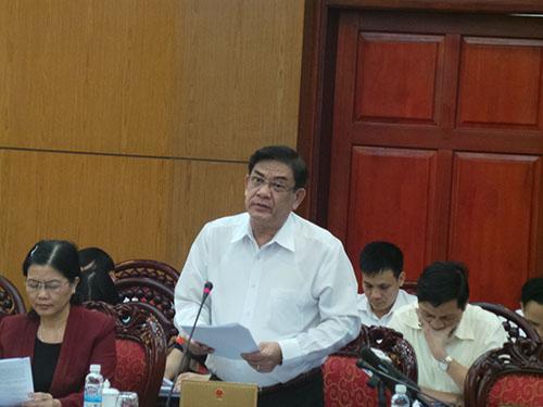 Phó Chánh án TAND Tối cao Tống Anh Hào báo cáo về việc giải quyết khiếu nại, tố cáo