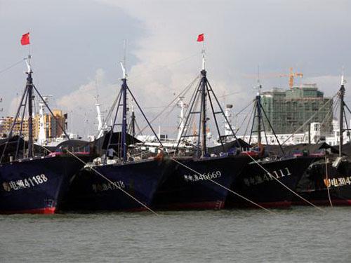 Tại đảo Hải Nam, chính phủ Trung Quốc hỗ trợ các chủ tàu cá tới 90% chi phí gắn hệ thống định vị vệ tinh Bắc Đẩu Ảnh: Reuters