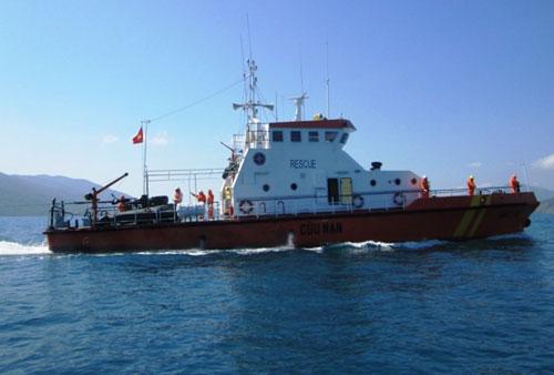 Tàu SAR27-01 thực hiện TKCN - Ảnh: Nguyễn Chung (Thanh Niên)