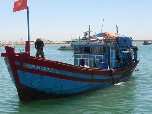 Tàu cá đánh bắt xa bờ của ngư dân Quảng Ngãi