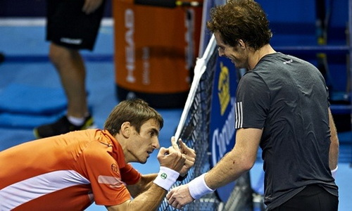 Cả hai tay vợt cùng kiệt sức sau trận chung kết
