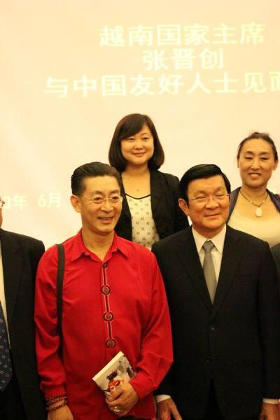 Lục Tiểu Linh Đồng trong buổi gặp gỡ các nhân sĩ trí thức Trung Quốc của Chủ tịch nước Trương Tấn Sang tại Bắc Kinh tháng 6/2013. Ảnh: liuxiaolingtong