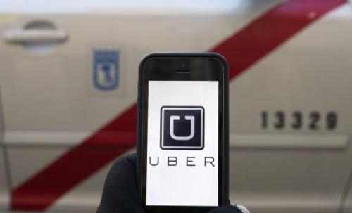 Hoạt động kinh doang của taxi Uber đã gây phản ứng đa chiều từ các hãng taxi truyền thống tại Việt Nam