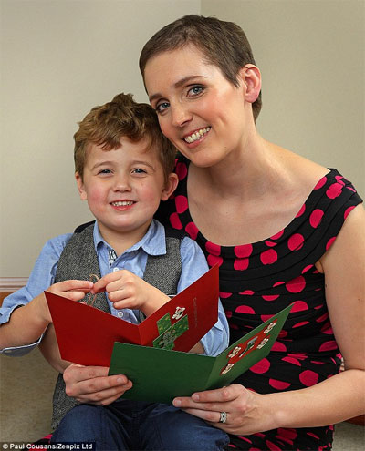 Xúc động những bức thư người mẹ ung thư gởi con trai