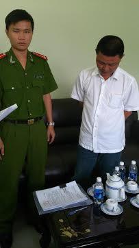 Nguyễn Phước Tường đã bắt tay với các đối tượng, giúp sức vụ buôn lậu 10 container hàng lậu trị giá 37 tỉ đồng