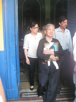 Gia đình nạn nhân phẫn uất trước hành vi mất hết tính người của Quang
