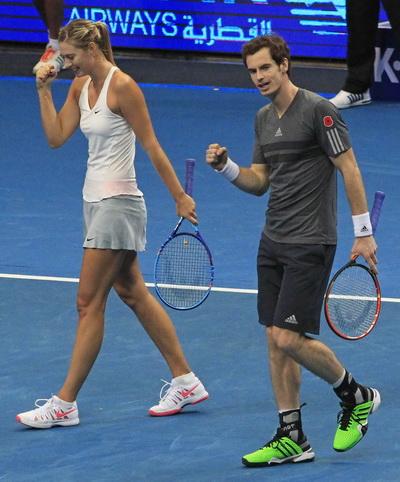 Murray và Sharapova thua vẫn vui sau trận đôi với Bopana-Mirza