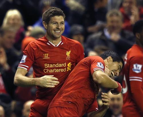 Gerrard tiếp tục là điểm tựa cho