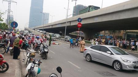 Một vụ tai nạn xe máy gây chết người xảy ra gần đây trên đường Phạm Hùng (Hà Nội).