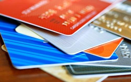 Nhiều thông tin chính thức liên quan đến kế hoạch sáp nhập các ngân hàng vẫn chưa được công bố.