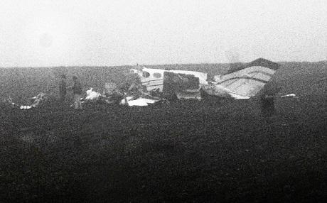 Khu vực rơi máy bay dày đặc sương mù. Ảnh: NY Times
