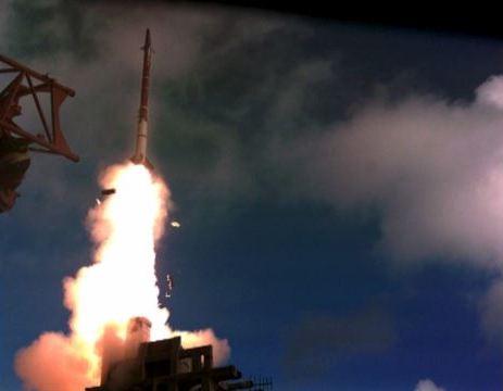 Israel thử nghiệm Davids Sling hôm 31-3. Ảnh: Reuters