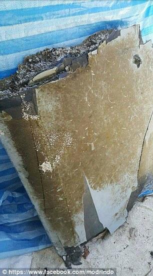 Một trong các mảnh vỡ được phát hiện dọc theo hòn đảo san hô phía Bắc Maldives. Ảnh: Facebook