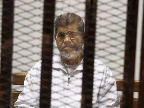 Ông Morsi bị kết án tử hình. Ảnh: AP
