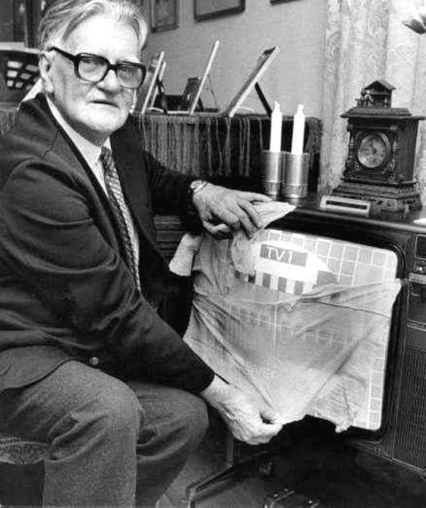 Hàng ngàn người đã sập bẫy cú lừa ngoạn mục do đài truyền hình duy nhất của Thụy Điển thực hiện vào năm 1962