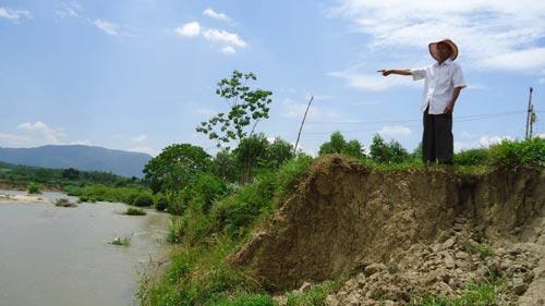 Thủy điện An Khê - Kanak xả nước gây sạt lở, mất hàng chục hecta đất canh tác của người dân