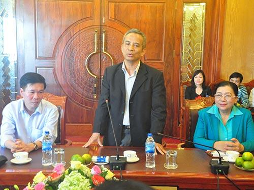 Chủ tịch Tổng LĐLĐ Việt Nam Đặng Ngọc Tùng thăm và làm việc tại Quảng Ngãi vào ngày 5-2