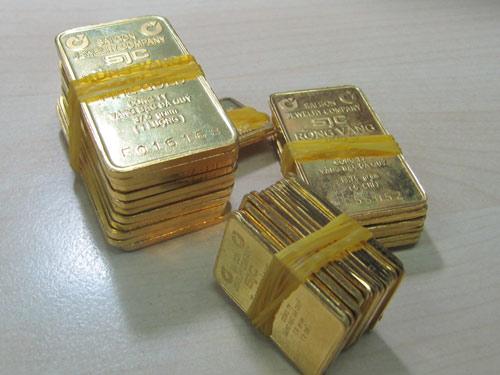 Giá vàng miếng SJC đã liên tục phá những kỷ lục giảm trong nhiều tháng qua