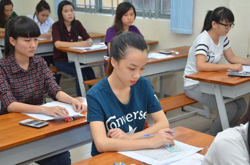 Thí sinh thi đại học năm 2014 tại Trường ĐH Sài GònẢnh: TẤN THẠNH