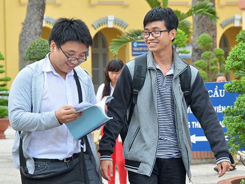 Thi THPT quốc gia tại Trường ĐH Sư phạm Kỹ thuật TP HCM Ảnh: TẤN THẠNH