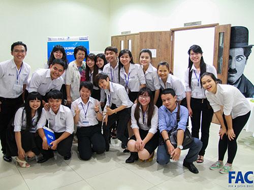 Thành viên CLB FACE và nhà ngoại giao Tôn Nữ Thị Ninh