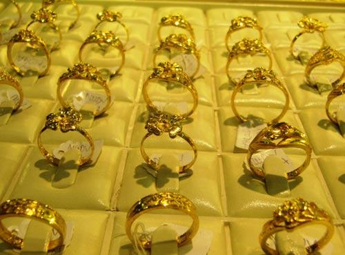 Giá vàng được dự báo có thể giảm sâu hơn nữa