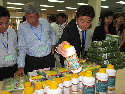 Doanh nhân Nhật tìm hiểu sản phẩm nông nghiệp Việt