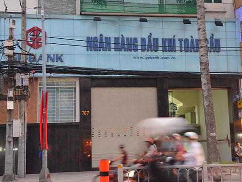 Chi nhánh GPBank TP HCM trên đường Trần Hưng Đạo, quận 5 Ảnh: TẤN THẠNH
