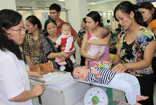 Thiếu hụt các vi chất dinh dưỡng khiến trẻ em Việt thấp còi và dễ mắc các bệnh nhiễm trùng
