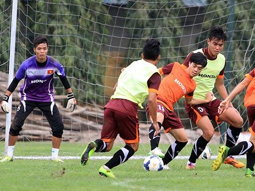Buổi tập của U23 Việt Nam chiều 26-2 Ảnh: HẢI ANH