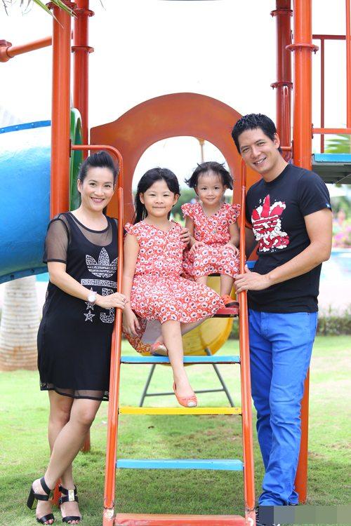 Gia đình hạnh phúc của Bình Minh