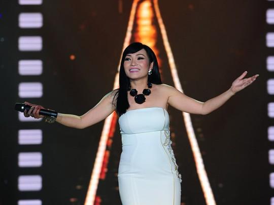 Nữ ca sĩ Phương Thanh viết tâm thư về vụ không hát trong đêm nhạc Siu Black