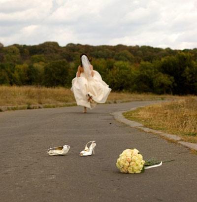 Kết hôn không phải là thứ cứ phải làm cho bằng chị bằng em.