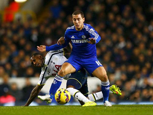 Sau 1 tuần được dưỡng sức, Hazard (phải) sẵn sàng giúp Chelsea đòi nợ Newcastle Ảnh: REUTERS