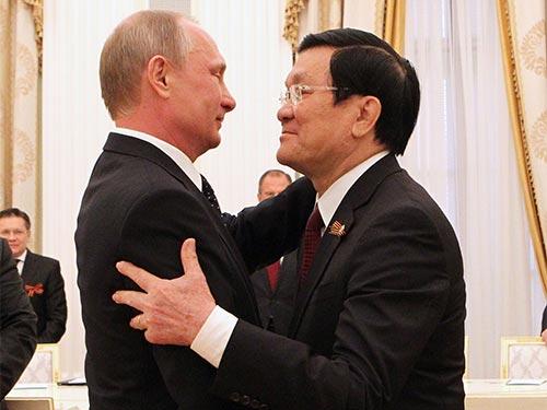 Tổng thống Nga Vladimir Putin gặp Chủ tịch nước Trương Tấn Sang chiều 9-5 Ảnh: TTXVN