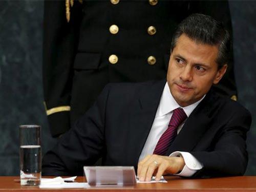 Tổng thống Mexico Enrique Pena Nieto liên tiếp vướng vào những vụ lùm xùm liên quan đến bất động sản Ảnh: Reuters